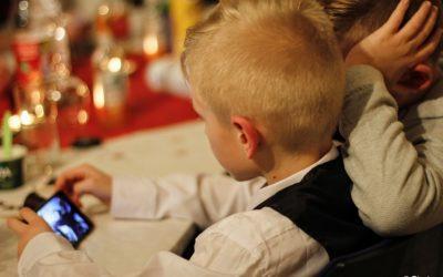 Schlechter Babysitter: Internet- und Computergames
